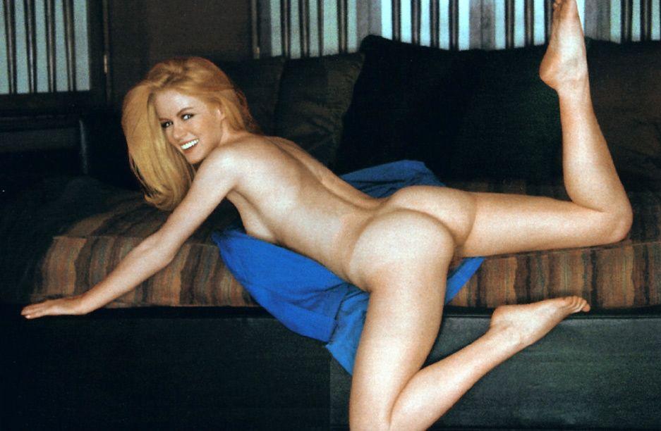 Anushka sharma naked