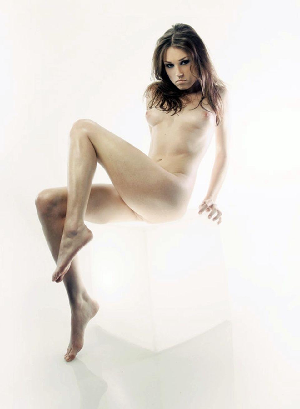 Olivia grant nude search