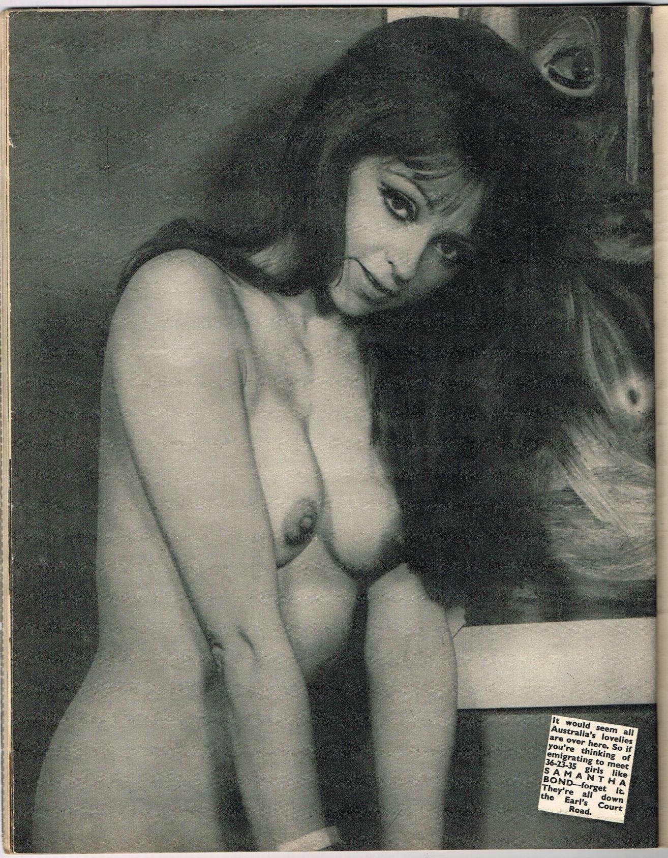 Wild girl nude selfie