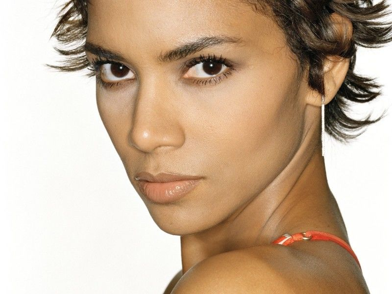 Halle Berry Actress Catwoman Halle Berry was born in Cleveland Ohio Her father Jerome Jesse Berry was AfricanAmerican and worked as a hospital