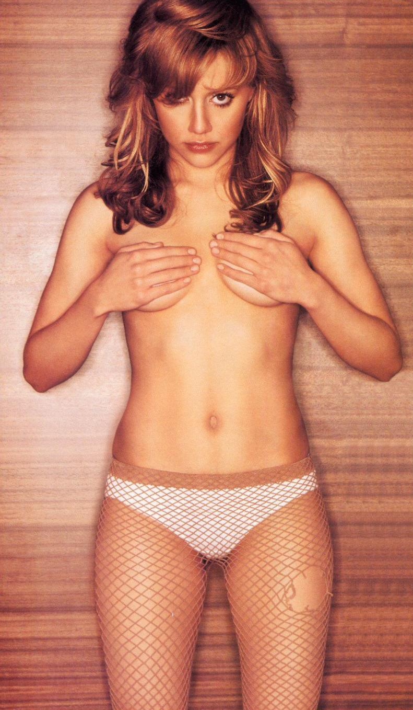brittany-murphy-panties-lesbians-raping-a-hot-women-porn