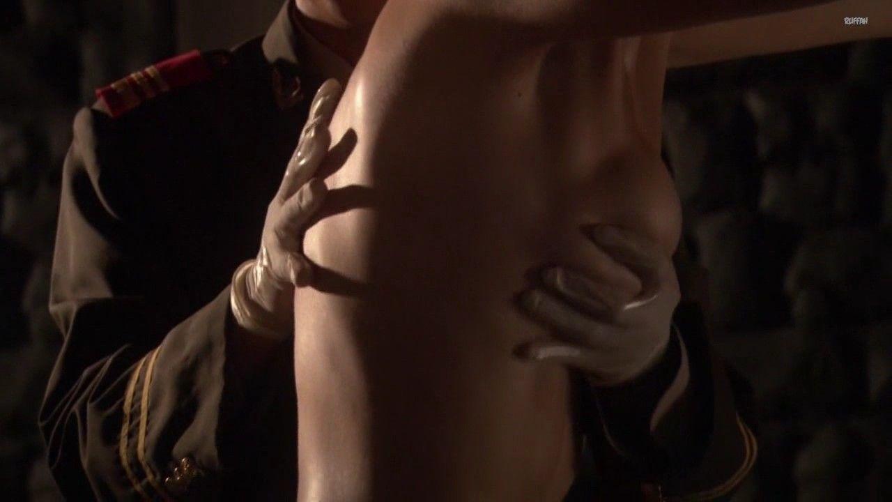 Секси Мари Авгеропулос – Остров Харпера (2009)