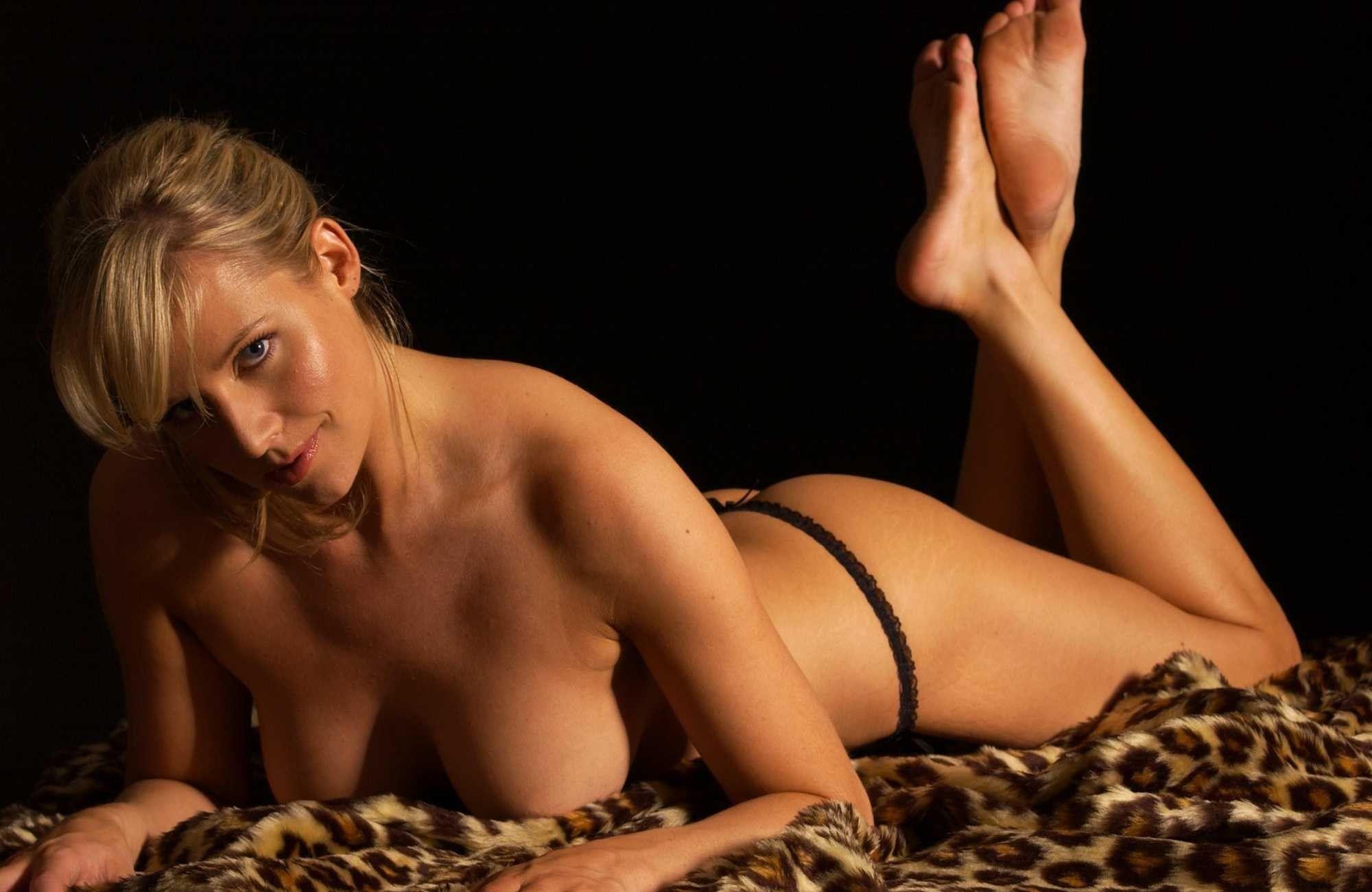 Эби титмусс порно 15 фотография