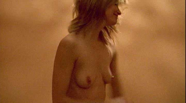 Sienna Guillory Tits