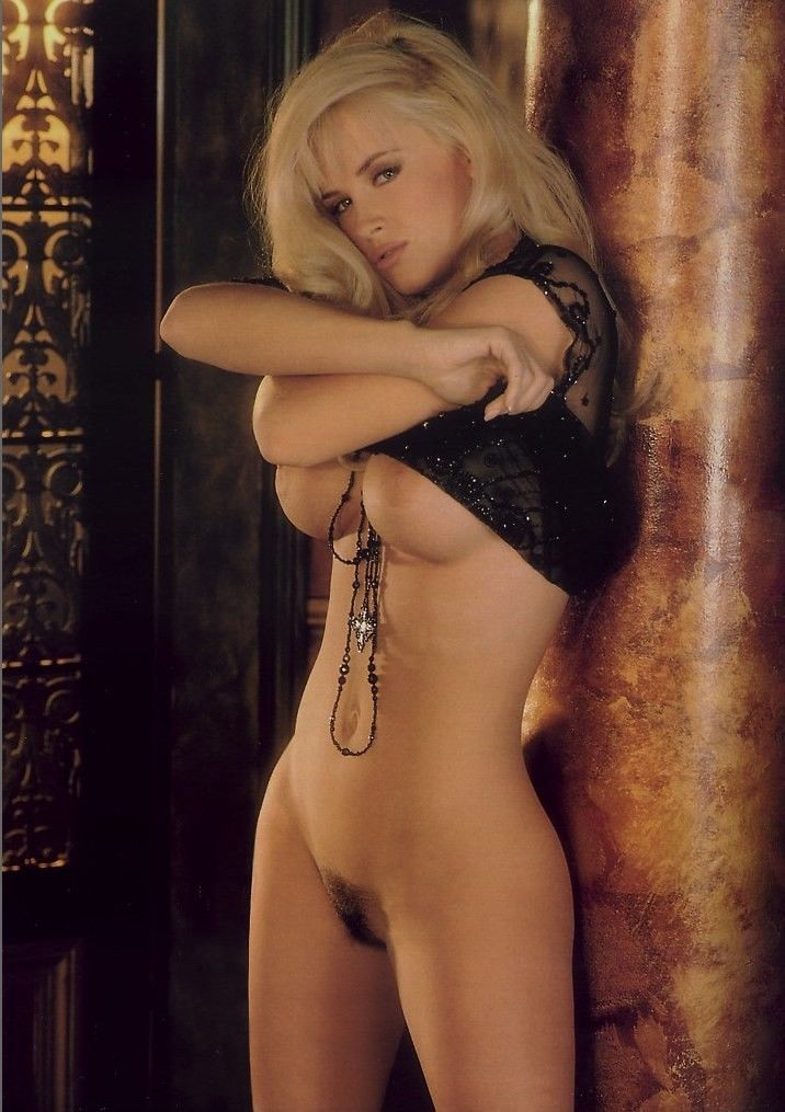 Jenny mccarthy nude playmate pictures