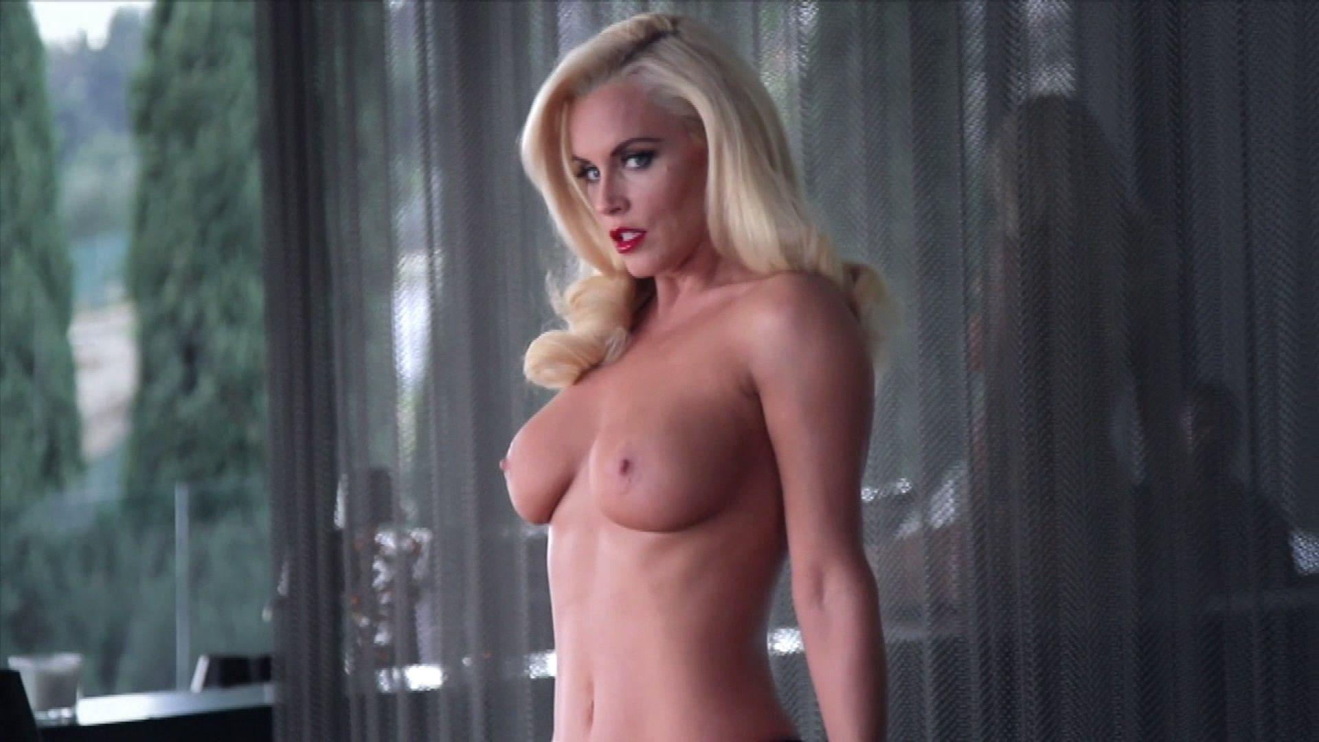 Jenny mccarthy porn pics xxx images