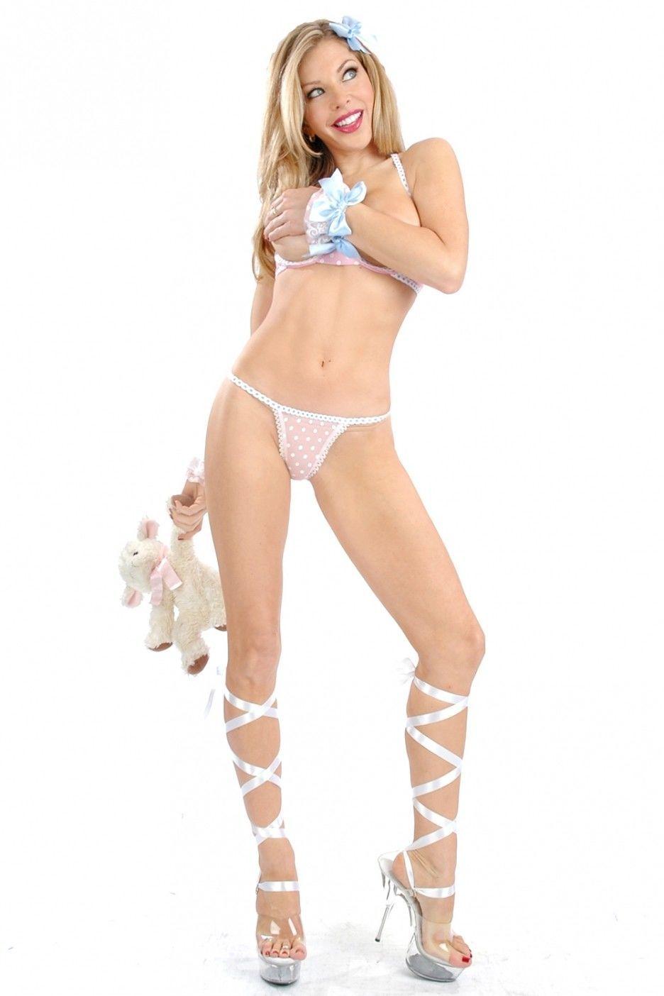 Jennifer lyons nude scene