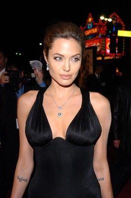 Angelina joli tit slip