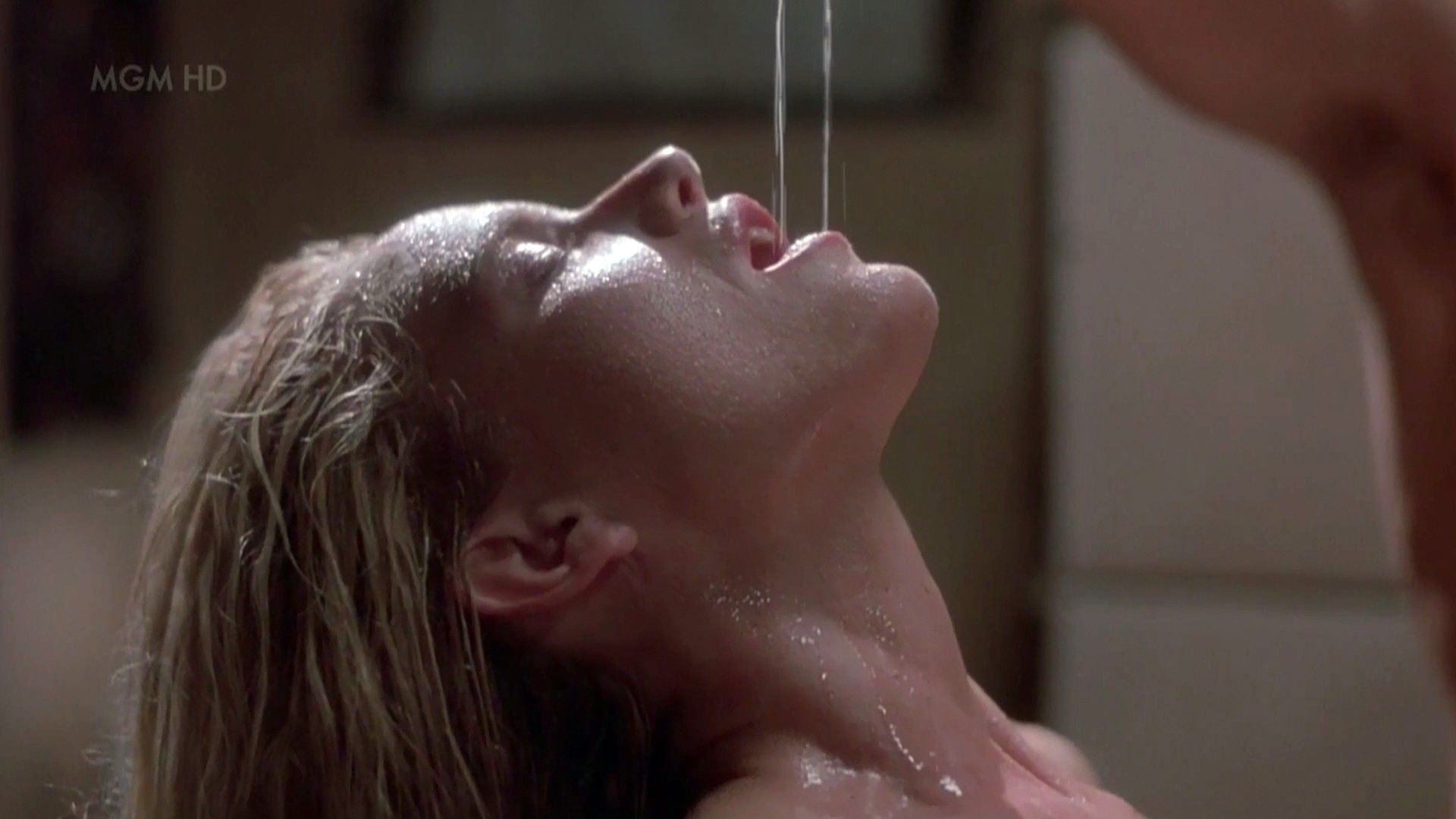 Watch has kelly lynch ever been nude