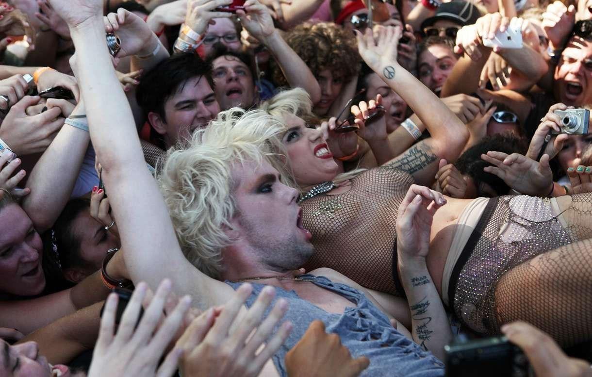 Lady gaga gay club