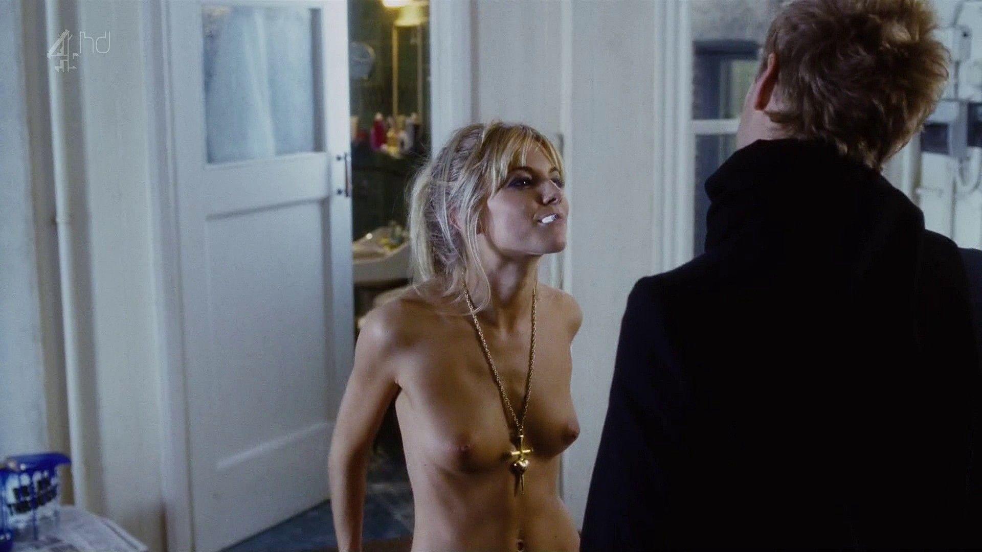 Сиенна миллер порно секс 12 фотография