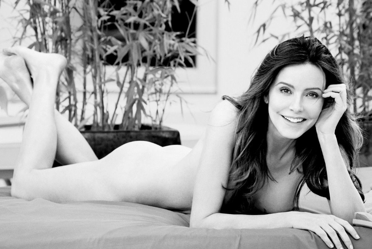 Stars Pose Nude For Allure